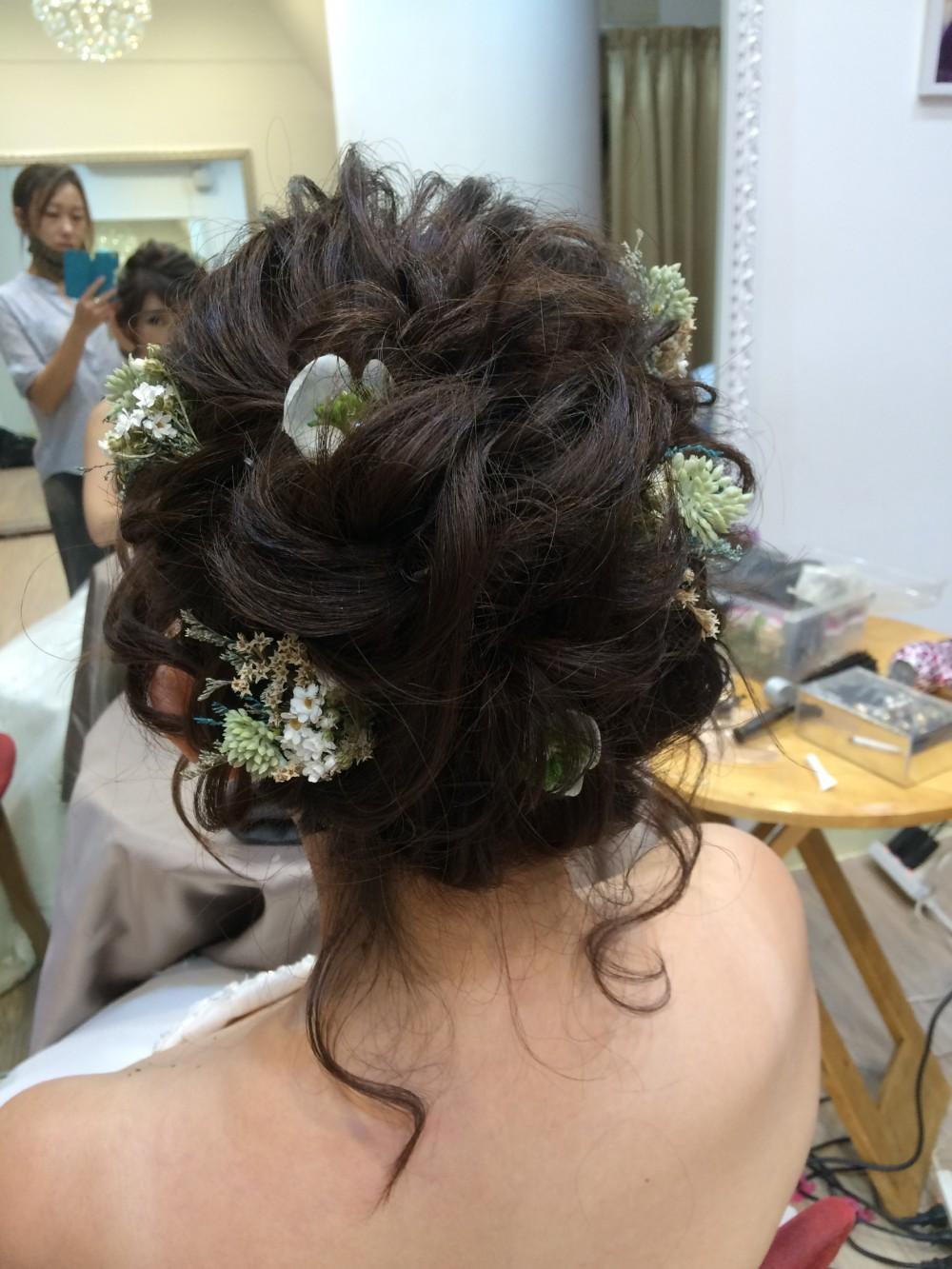 線條感高髮髻|乾燥小花|清新自然-新祕ADi