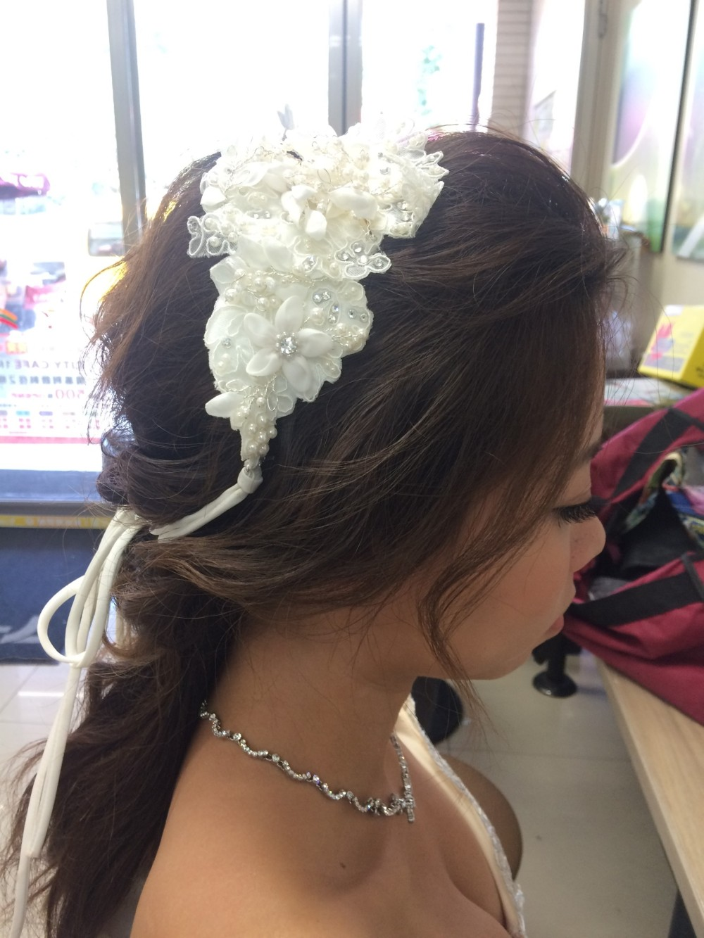 白紗造型|優雅新娘髮帶|自然新娘妝-新秘ADi