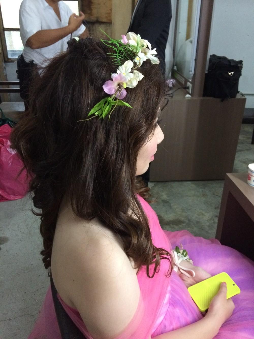 浪漫捲髮|花環造型|粉紅禮服-新秘ADi