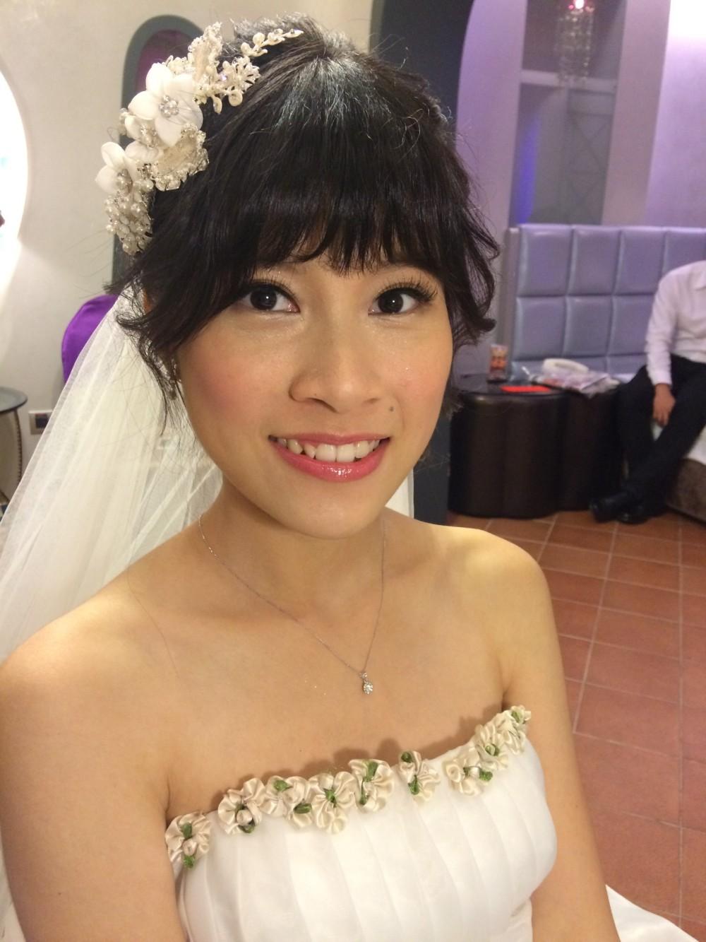 白紗進場造型|自然新娘妝|長頭紗-新秘ADi