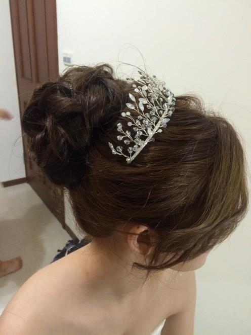 水晶頭飾 高盤髮 新娘迎娶造型-新秘ADi