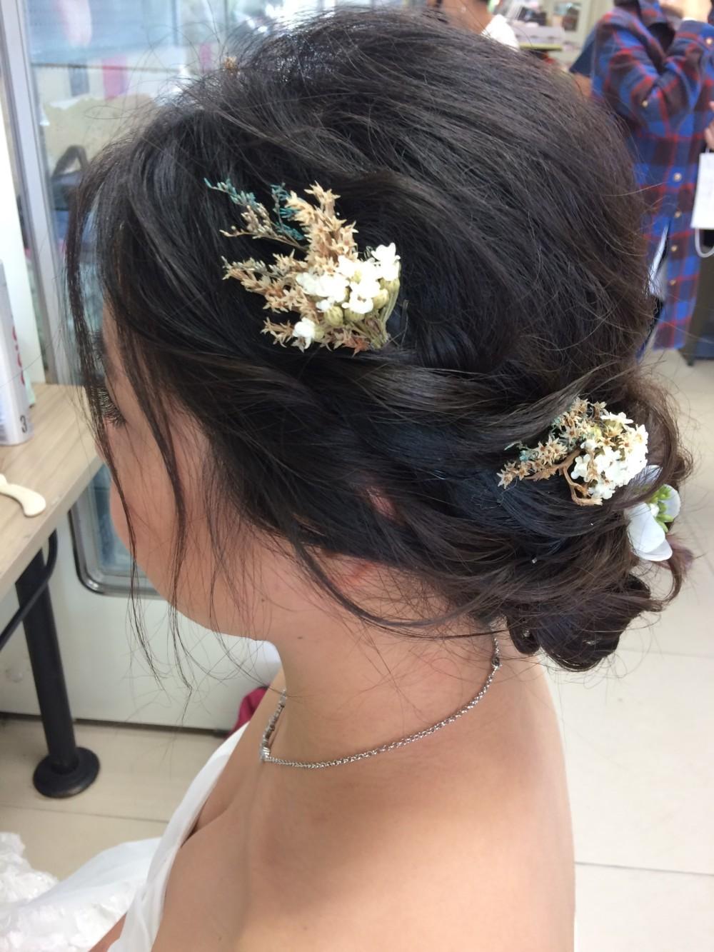低盤髮|乾燥花頭飾|新娘造型-台北新秘ADi