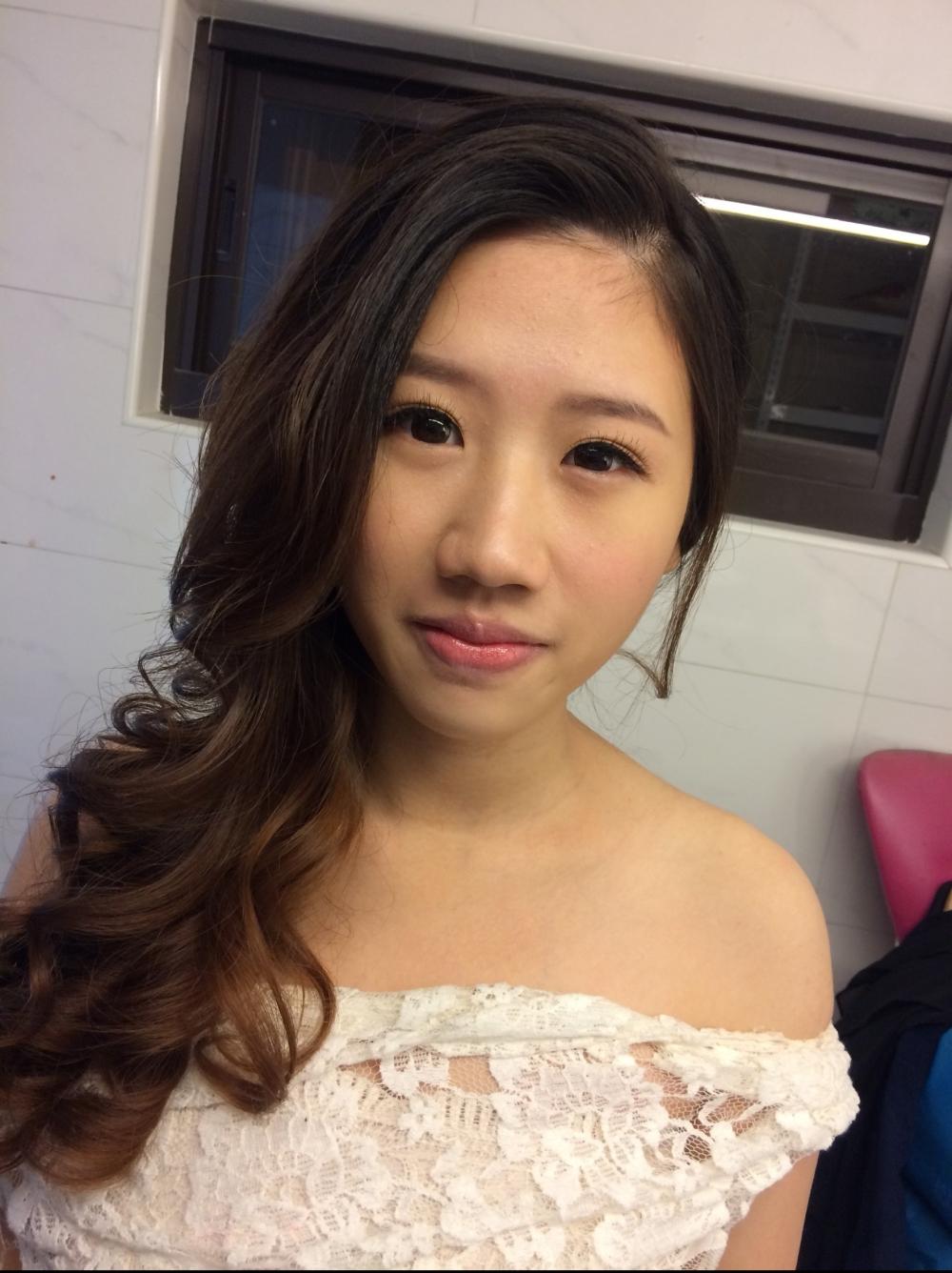 浪漫捲髮|氣質妝感|新娘造型-新秘ADi