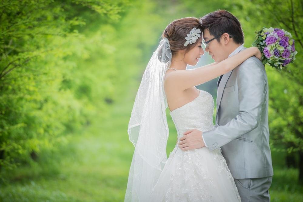 長尾白紗|森林系婚紗-台北新秘ADi